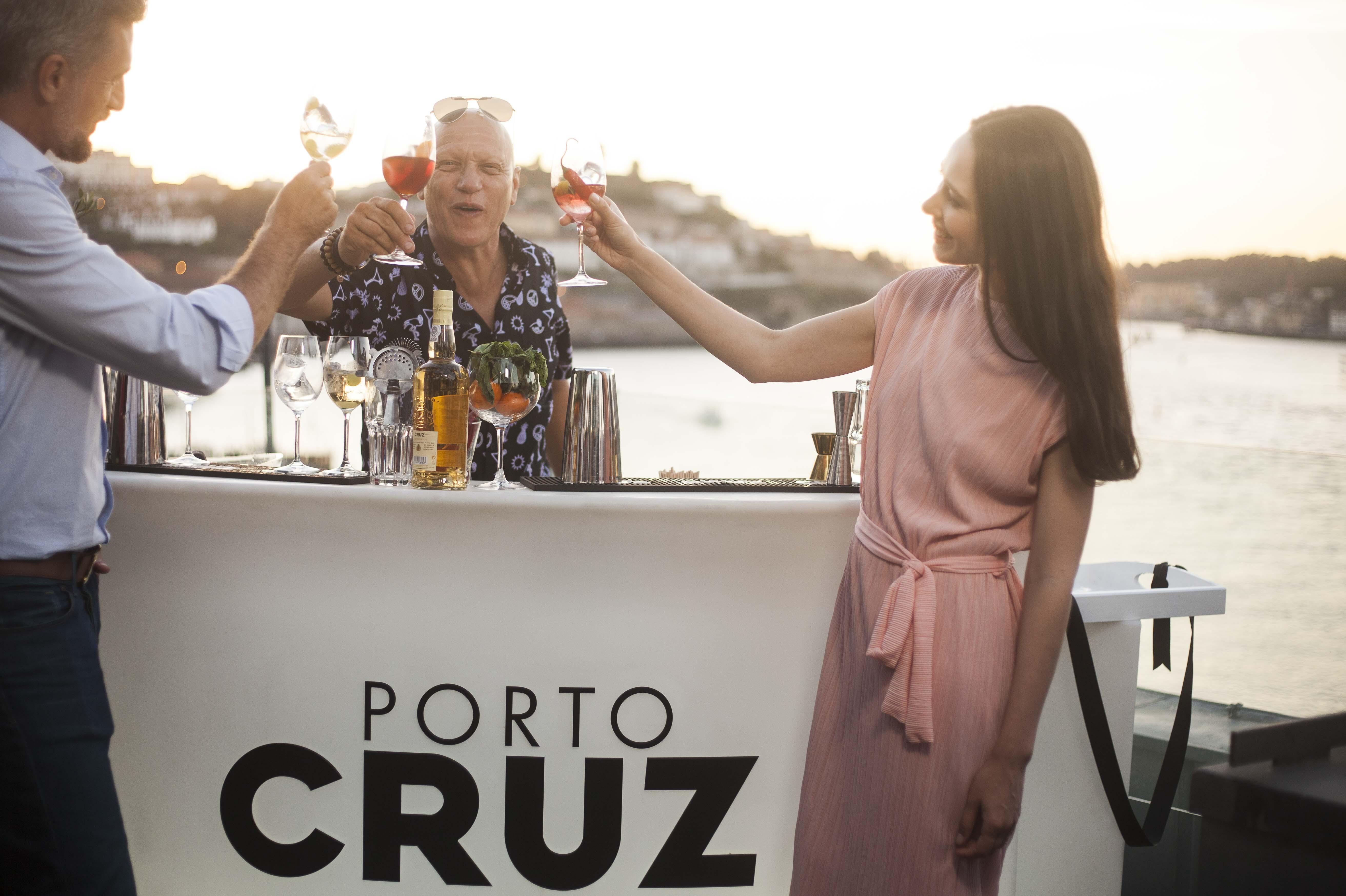Passe um verão refrescante saboreando o seu vinho do Porto no modo Fresco!
